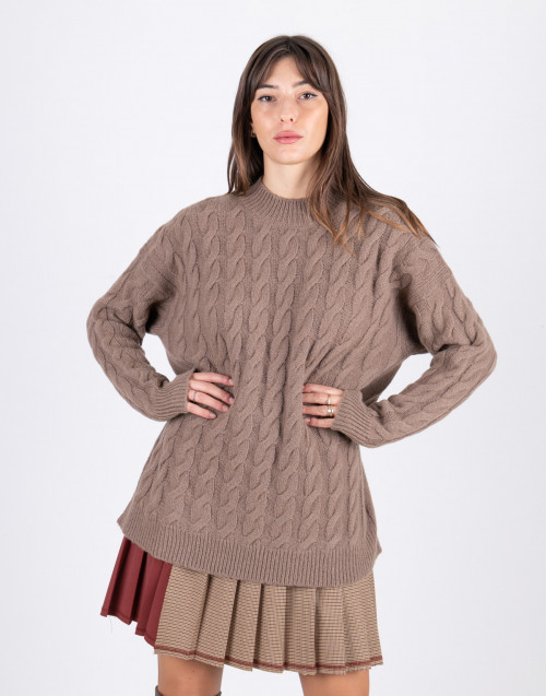 Brown wool sweater with braids