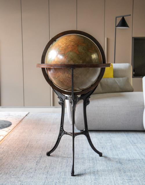 Chicago Large terrestrial globe