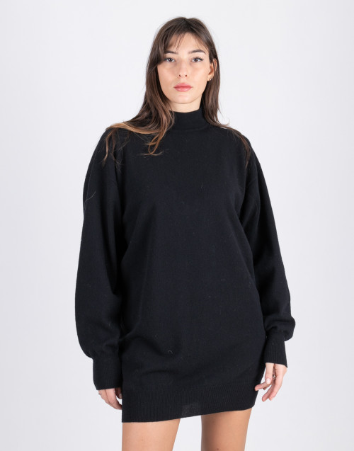 Black long wool sweater