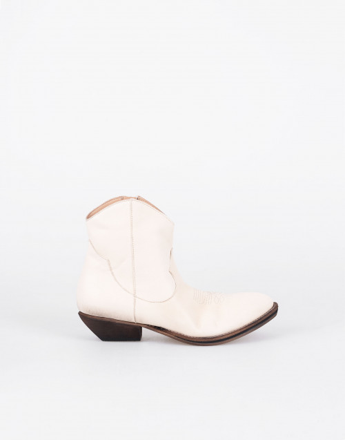 Cream leather cowboy boots