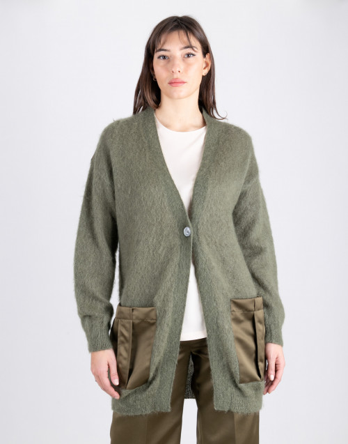 Cardigan in mohair verde
