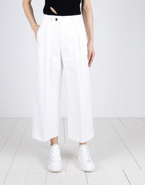 White double pince trousers