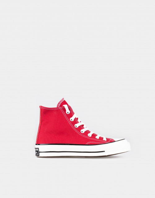 Chuck Taylor rosse