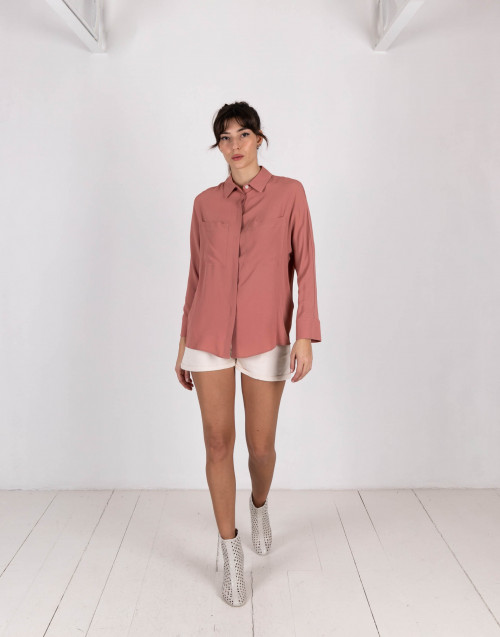 Oversized pocket shirt in antique pink