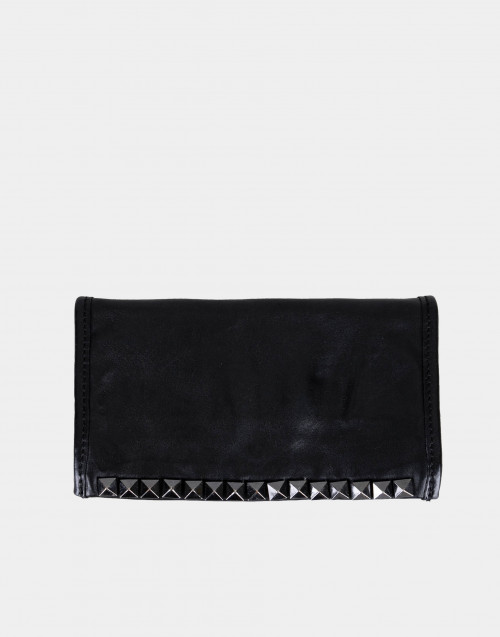 Black eather wallet with studs