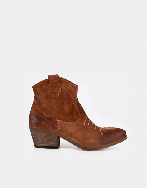 Cognac suede texan boot