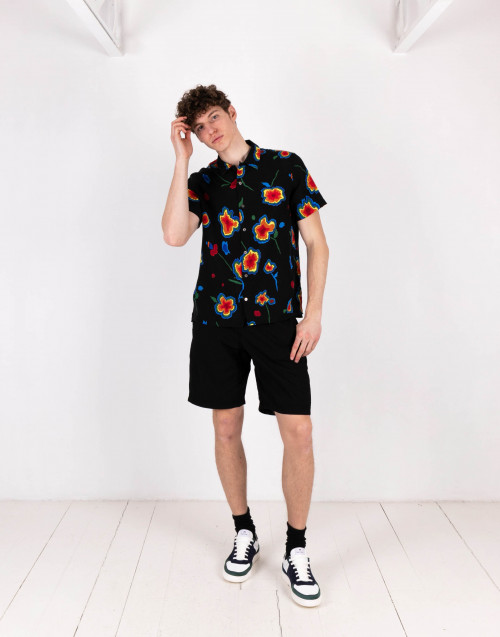 Black flower print shirt