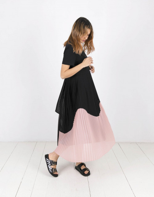 Black long dress with pleated skirt