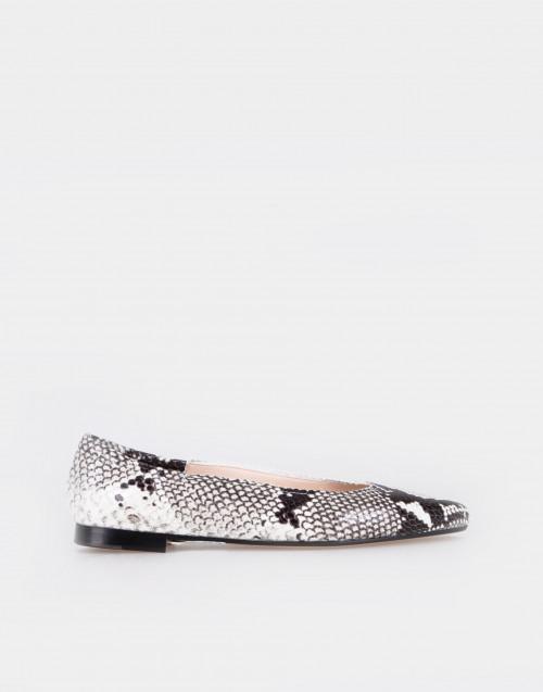 Snake-effect leather ballet flats