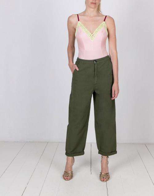 Pantalone chino verde militare