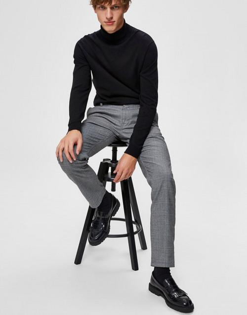 Pantalone in check