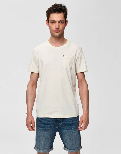Beige t-shirt with pocket
