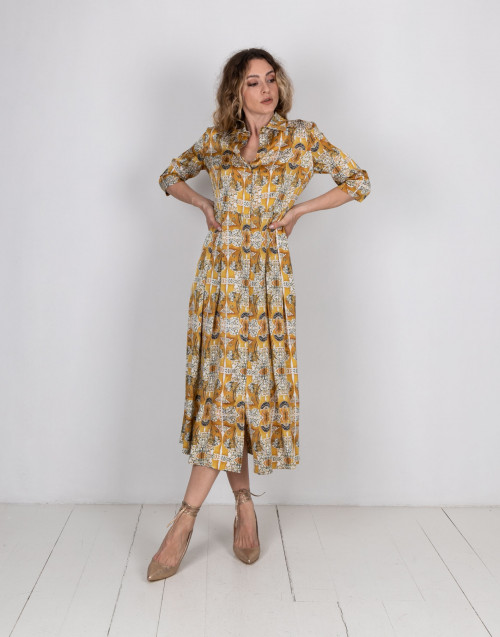 Long dress with floreal pattern