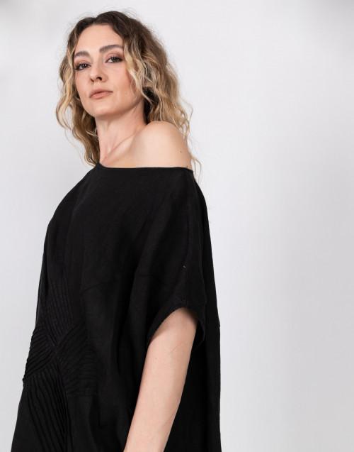 Oversize dress in linen