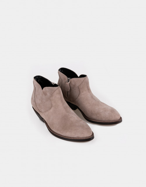 Taupe suede texan boot