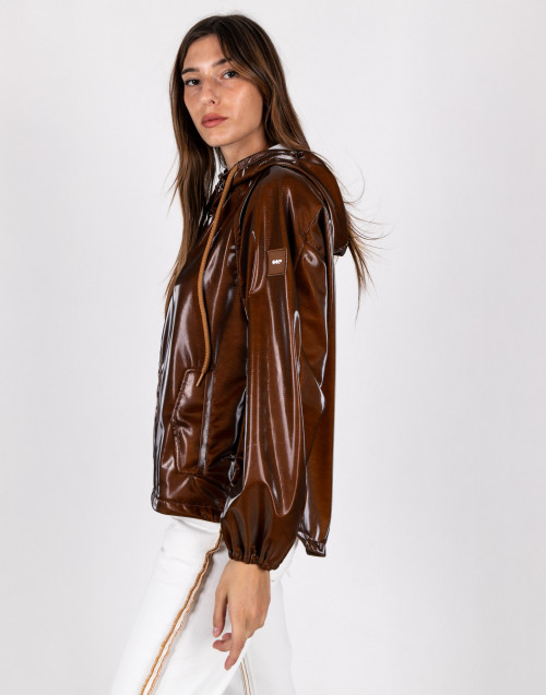 Glossy vinil jacket