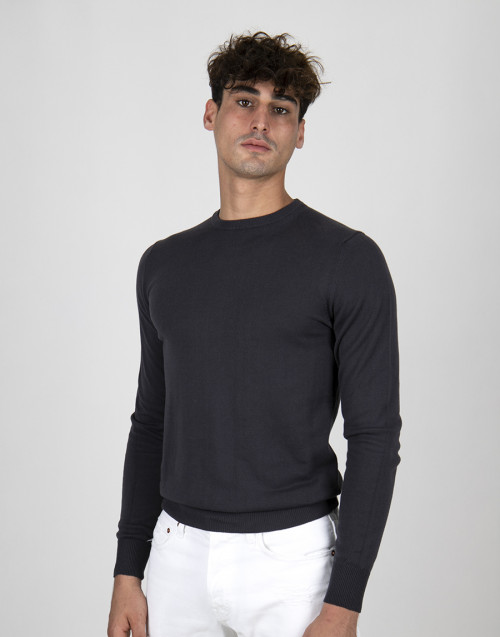 Gray cotton lightweight sweater