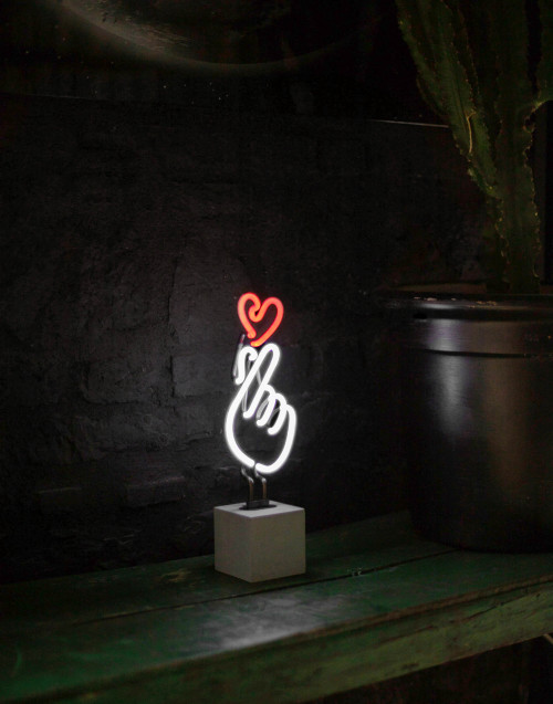 Finger Heart neon light