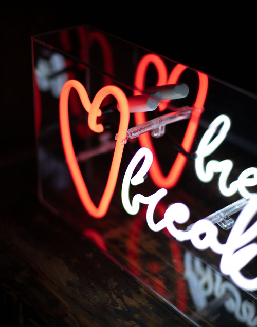 Heart breaker neon light