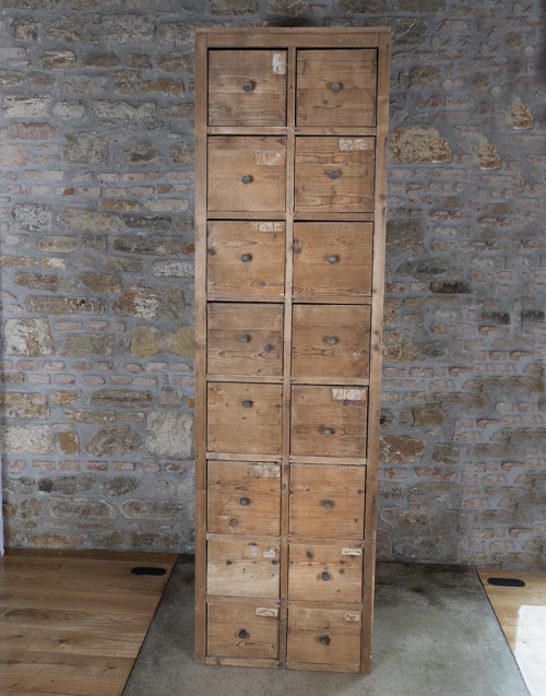 Cassettiera vintage in abete