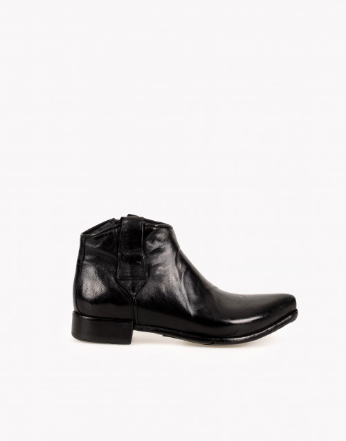 Camperos boot in black leather