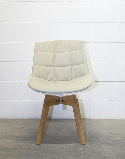 White flow chair