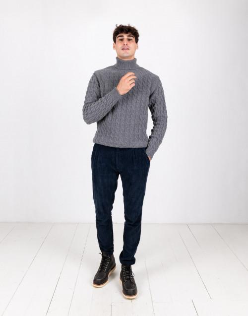 Dolcevita in lana grigio