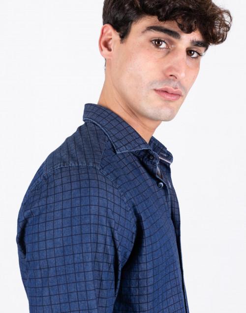 Camicia in cotone a quadretti blu