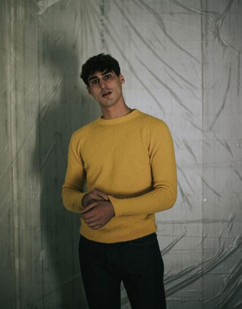Maglia in lana casentino gialla