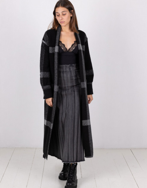 Gray and black check robe coat