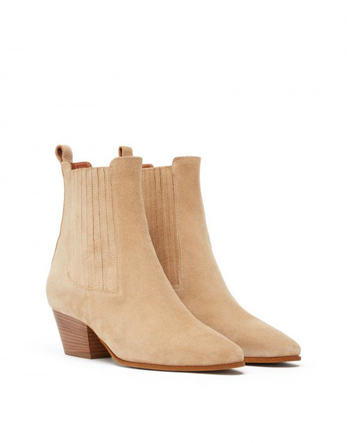 Wheat-colored suede ankle boot