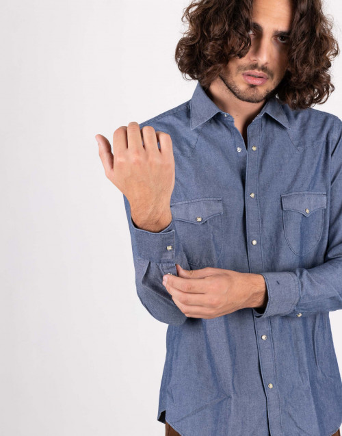 Western shirt in denim