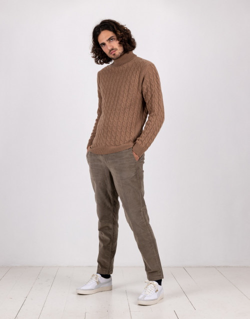 Pantalone chino in velluto a coste beige