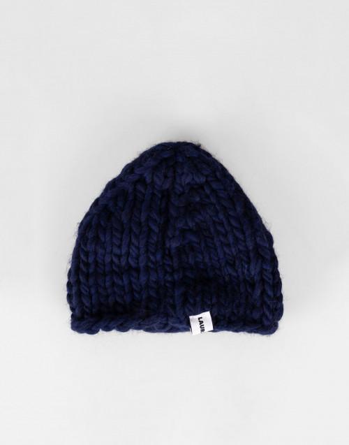 Chunky blue wool beanie