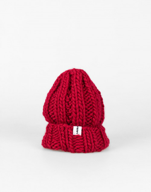 Fonzie cherry-colored wool beanie