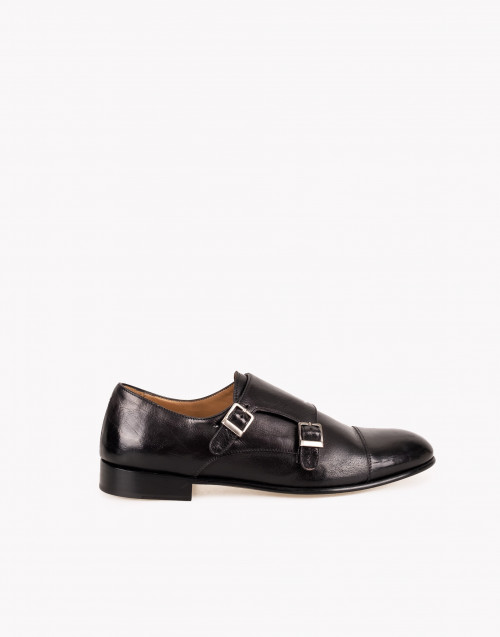 Black leather doule buckle shoe