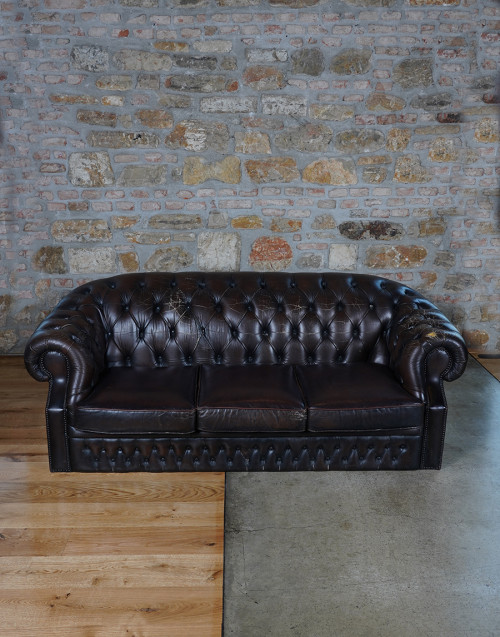 Chesterfield dobrouk sofa