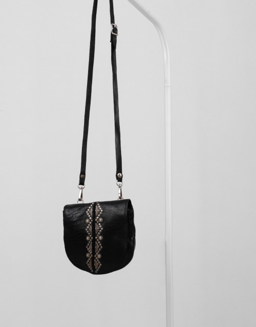 "Small studded black leather shoulder bag ""Magnolia"""