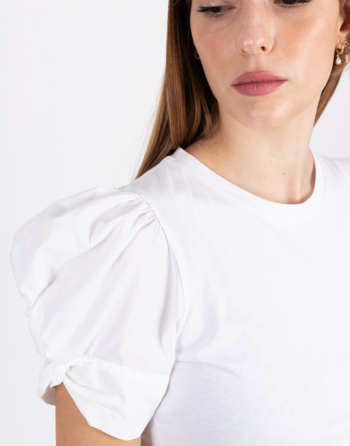 """White T-shirt """"Adele"""" with puff sleeve"""