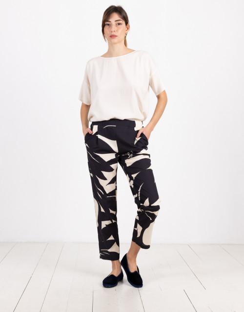 Pantalone blu e bianco fantasia in cupro