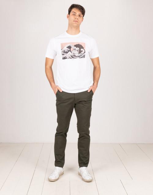 White crewneck t-shirt with print