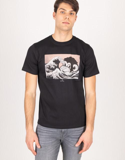 Black crew neck t-shirt with print