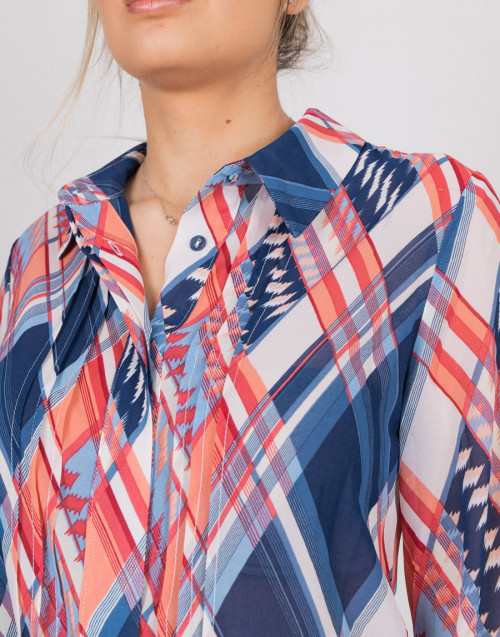 Shirt with blue and red pattern