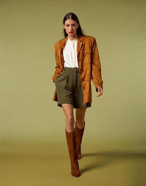Shorts verde bosco a vita alta