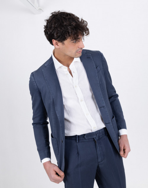 Blue blazer with two buttons
