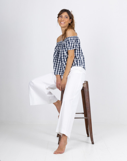 White bell trousers
