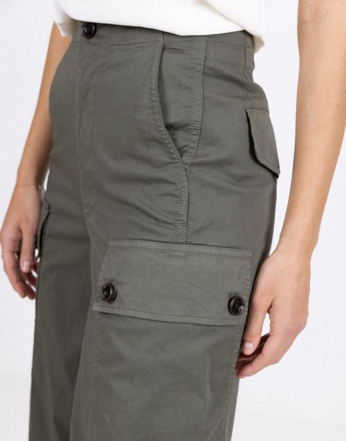 Pantalone militare con tasche cargo