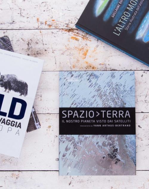 "Spazio Terra"" di Yann Arthus""""Spazio Terra"" di Yann..."
