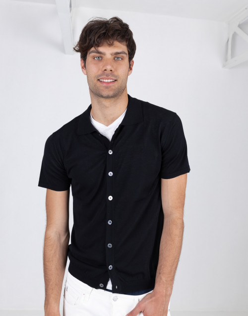 Black short-sleeved cotton cardigan