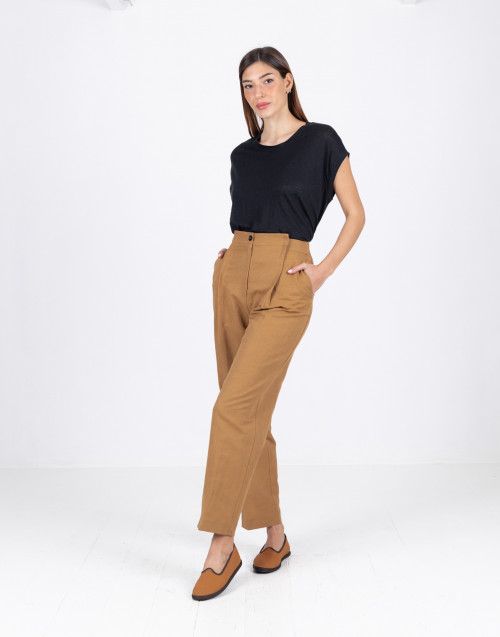 Beige chino trousers in linen and cotton